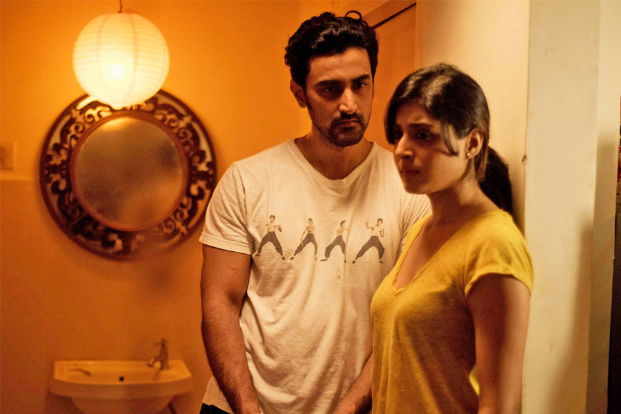 White Shirt Short Film Review: Between The Lines, Film Companion