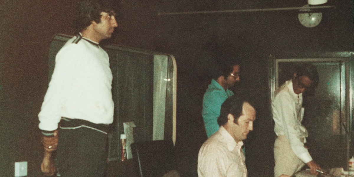 A New Documentary Shows How Sound Recordist Mangesh Desai Created Some Of Hindi Cinema's Most Iconic Moments, Film Companion