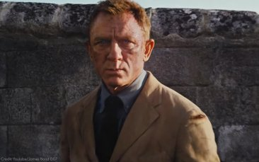 Film-Companion-James-Bond-No-time-to-die