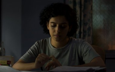 Sanya-Malhotra-in-photograph_lead