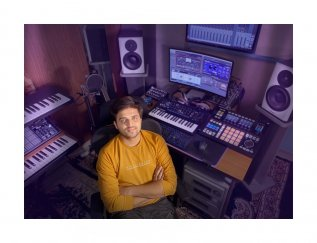Rahman Sir's Studio Is Like A Factory Of Innovations: Thumbi Thullal Singer Nakul Abhyankar