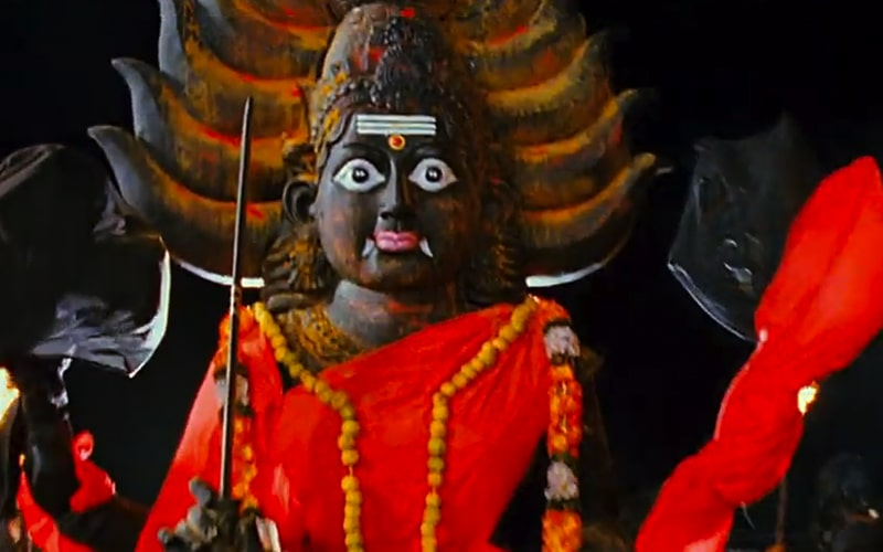 """A Guide To Laxmii's Tamil Source- Kanchana, The Muni Cinematic Universe, And The Transgender """"Trope"""", Film Companion"""