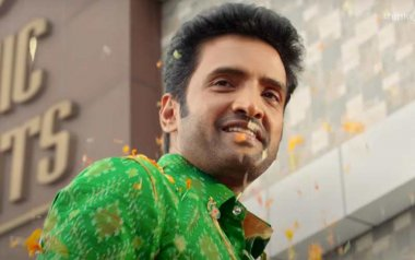 Review Of Biskoth On ZeePlex: The New Santhanam Comedy Is Unfunny Across Three Time Periods