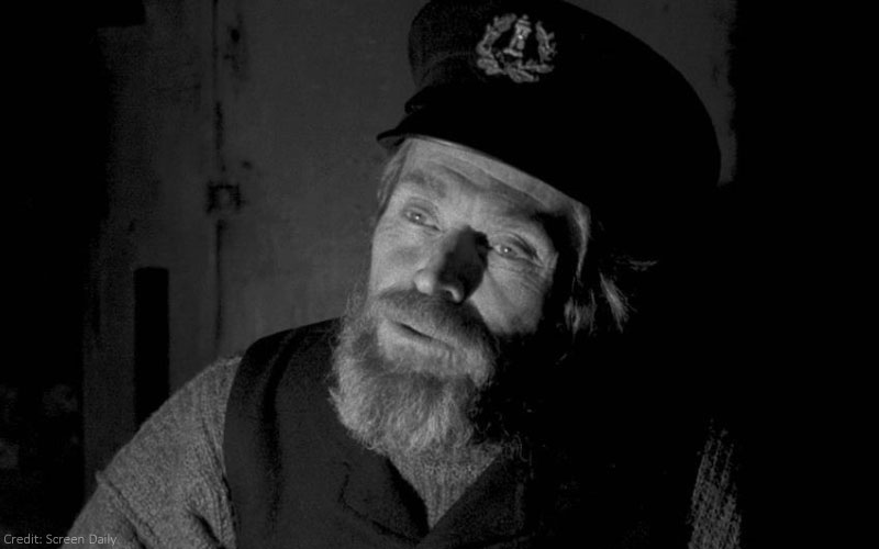 Willem Dafoe Gives A Shining Performance In The Lighthouse, Film Companion