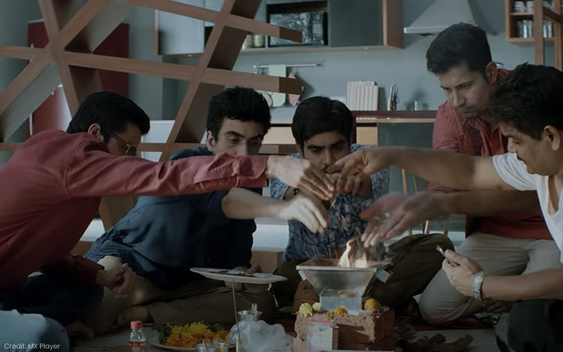 Aapkey Kamrey Mein Koi Rehta Hai On MX Player Starring Swara Bhasker And Sumeet Vyas Is Casually Bad, But If You Dig Deeper, It's Worse, Film Companion