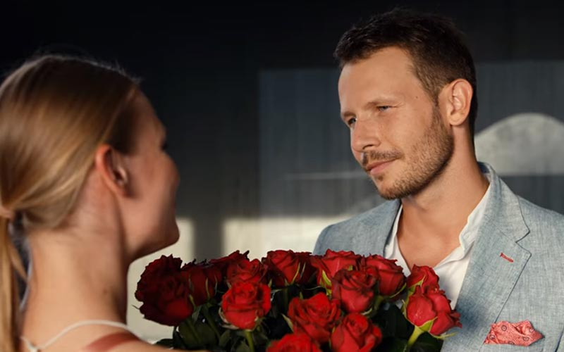 Squared Love On Netflix, A Polish Rom-Com Is An Extended Car Commercial At Best, An Unerotic Catastrophe At Worst, Film Companion