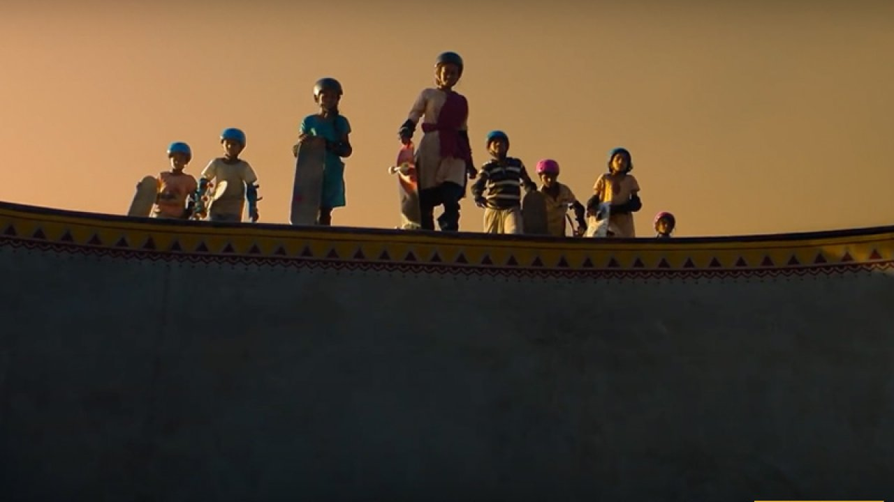 Trailer Talk: Skater Girl, Where A Group Of Children In Rajasthan Discover  An Unusual Passion: Skating
